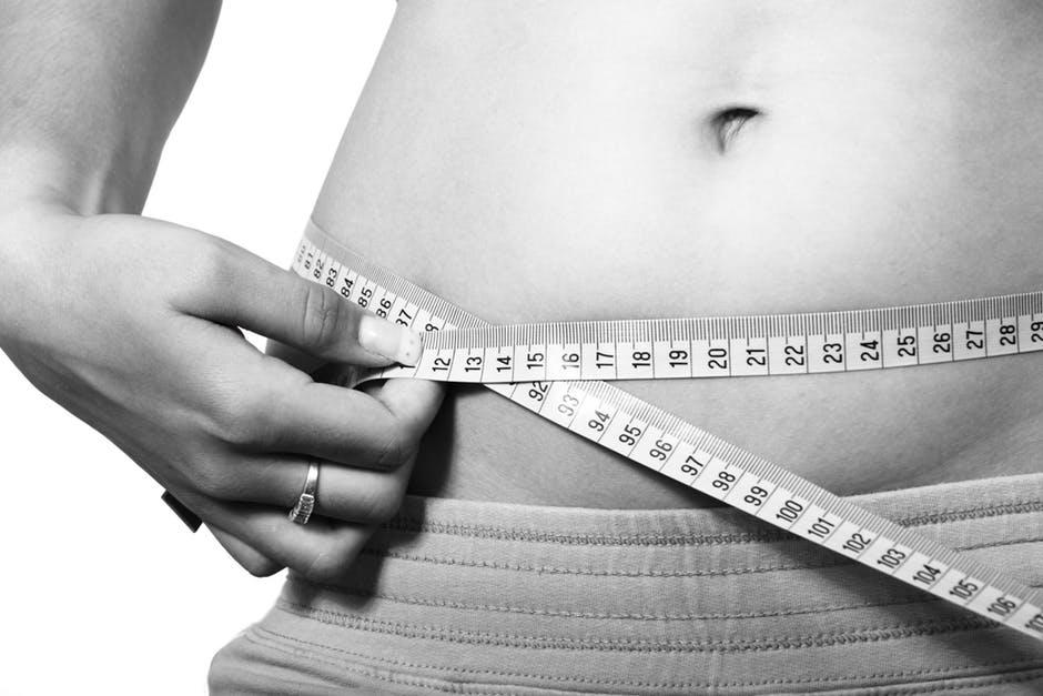 Dicker Bauch durch vollen Darm