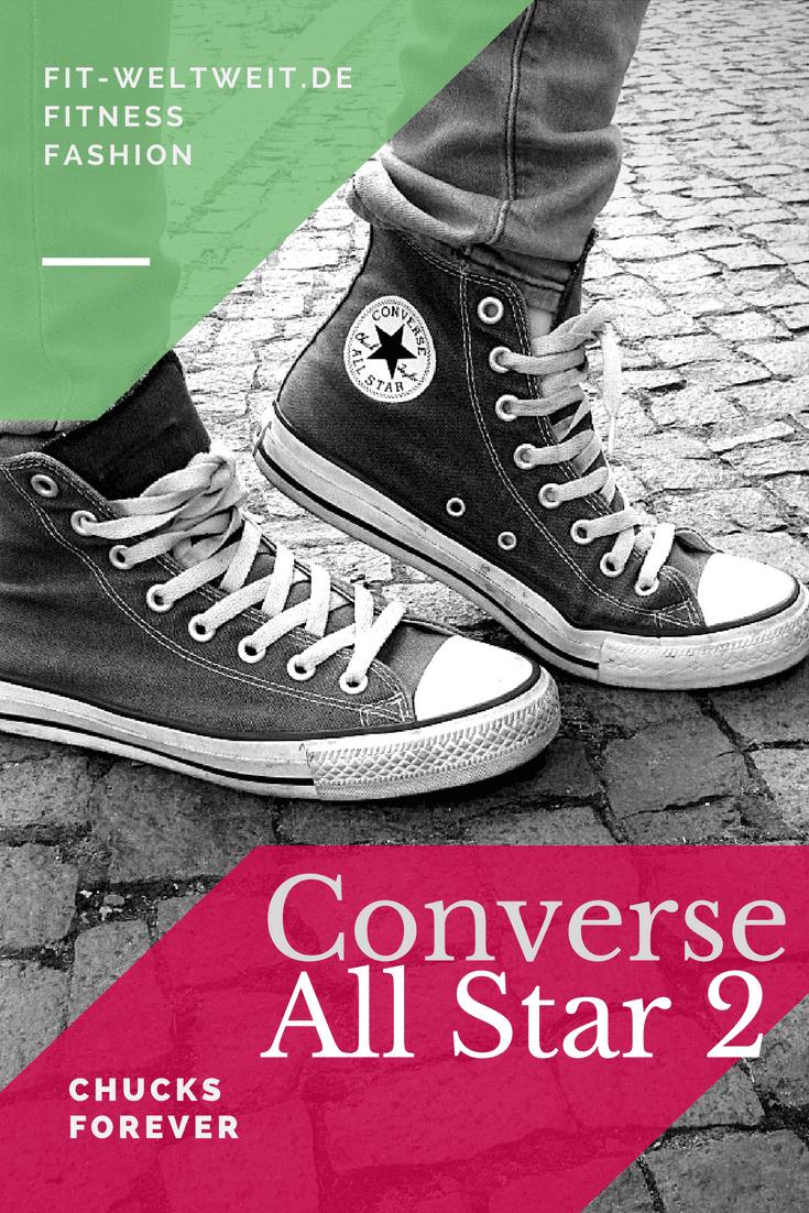 Der bekannteste Schuh wagt sich nach 98 Jahren an ein Comeback mit einem neuen Design. Jeder kennt den Schuh, den schonJohn F. Kennedy, die Ramones undKurt Cobain trugen. Der klassiche Sneakerin schwarz, weiß oder tollen Farben, die sich jeder Mode anpassen, die beliebt sind bei Erwachsenen, Kindern und Jugendlichen. Bei welchem anderen Schuh oder Turnschuh war das bisher der Fall? #chucks #Converse #AllStars #sneaker