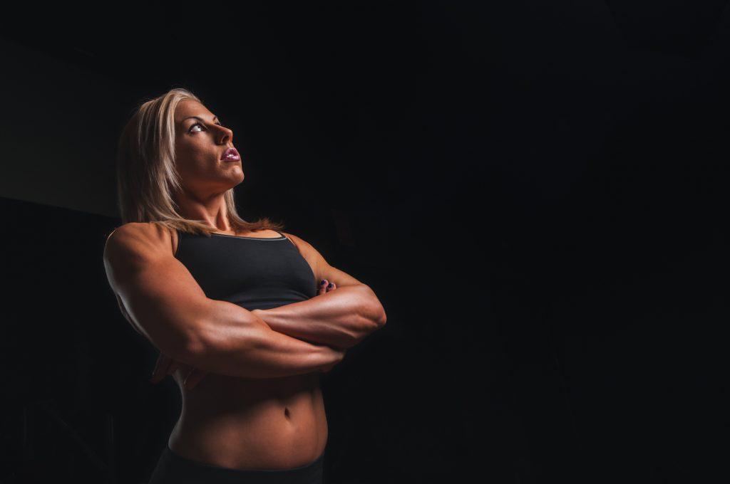 Fitness: 10 Probleme, die nur Frauen aus dem Kraftsport kennen!