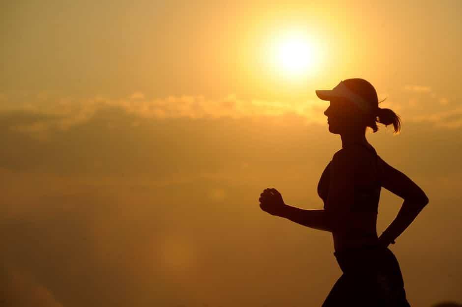 Fit im Alltag: Tipps, Challenge und Übungen