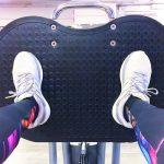 Beinpresse Po Muskeln mit Gewicht fit machen