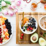 reichhaltiges gesundes Frühstück
