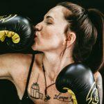 Was denkt ein Mann im Fitnessstudio Frau Training