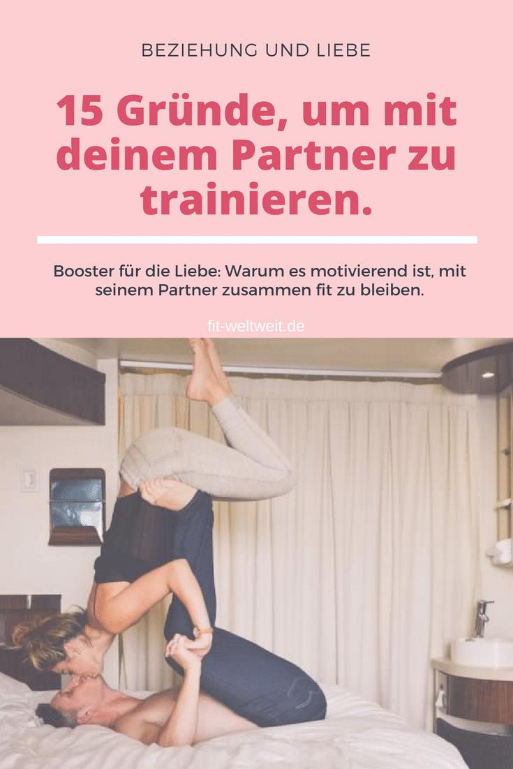 Partner Training: Gründe, warum es motivierend ist, mit seiner Partnerin zutrainieren.Manche trainieren gerne alleine, andere zu zweit im #Couple. Als Single mit einem Freund zu trainieren ist effektiv. Wenn du jedoch in einer Beziehung bist, spielt es eine wirklich sehr große Rolle und kann die Beziehung stärken. #PaarPaartraining: Fitness-Training mit Freundin im #Workout zu zweit: #Training mit Pärchen-Power. 15 Gründe, die dafür sprechen. #Gründe #Partner #couplegoals