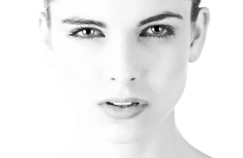 Auslöser für Falten Haut Alterungsprozess