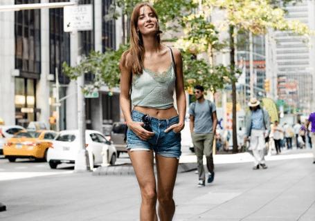 Sport als Lifestyle. 5 schnelle Tipps für Fitness unterwegs und wie du Sport zu deinem Lifestyle machst, trotz stressigem Alltag und Stress. Instagram ...