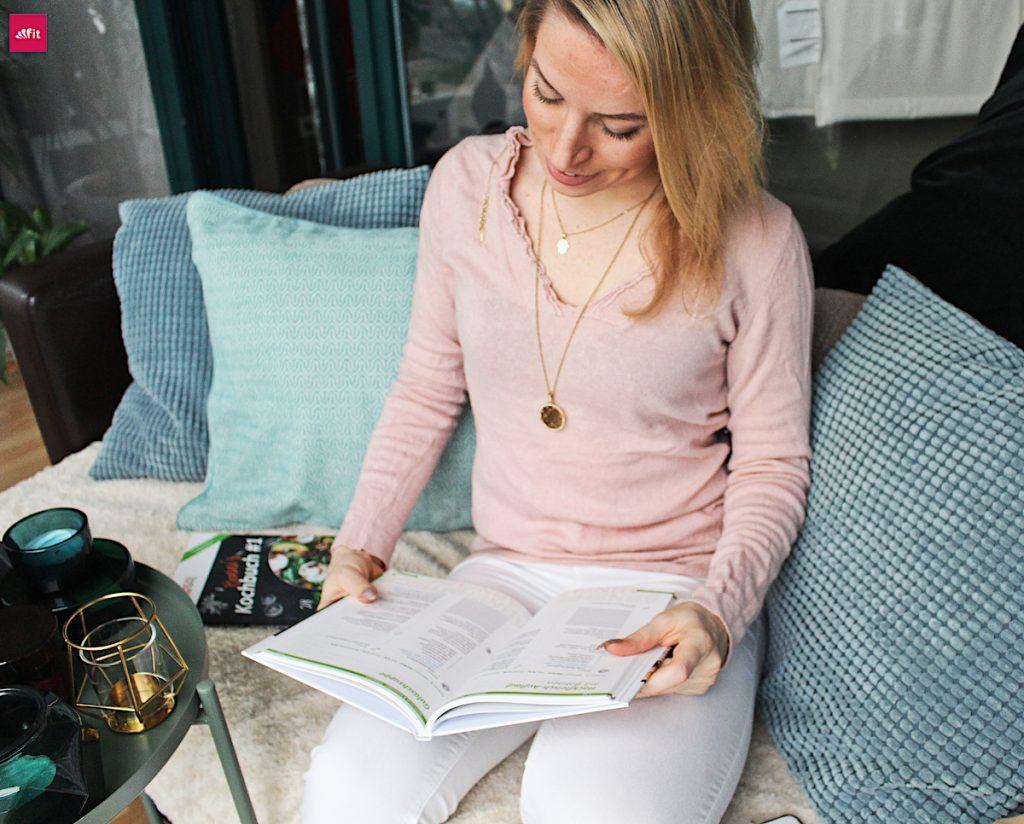 Der Ernährungsplan als Buch Abnehmtricks und Abnehmtipps: Abnehmen ohne Hunger - SO funktioniert es - #Tipps und leicht verständliche Aufklärung. Abnehmen durch regelmäßiges essen, abnehmen und richtig satt essen, abnehmen Hungergefühl unterdrücken, Der Plan zum gesund Abnehmen (30kg in 5 Monaten) mit Low Carb Rezepten und vorher nachher Bildern, Abnehmen Motivation. Das Buch mit dem Plan zum Essen und #schnell #Abnehmen #Rezepte