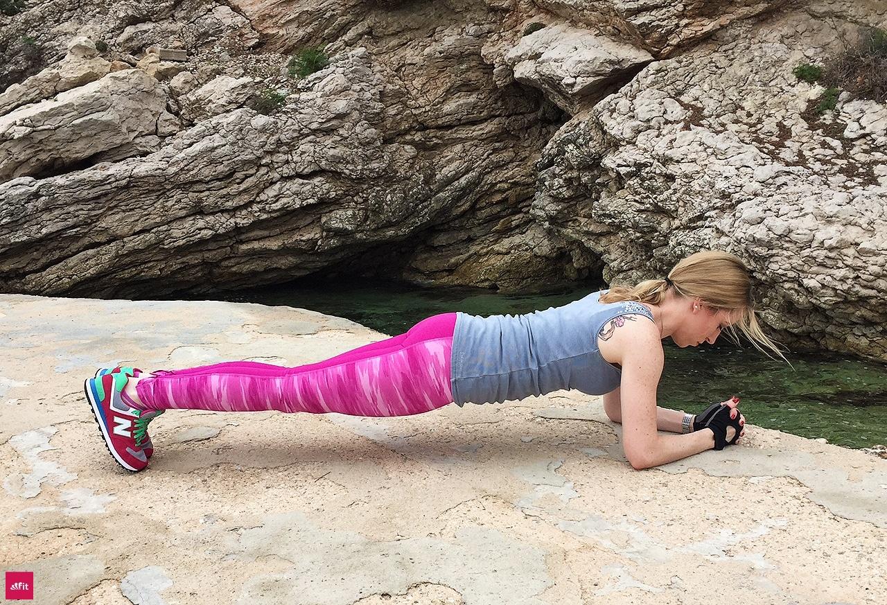Muskelaufbau Frauen Trainingsplan zuhause: besten Übungen zum Muskelaufbau für Frauen in einem Trainingsplan für zuhause (pdf) Übungen = Power Übungen aus meinen Personal Trainings (mehrfach ausgebildete Fitnesstrainerin). Reihenfolge, Pausen entscheiden über Erfolg, richtig Muskeln aufzubauen keine Geräte notwendig. Trainingsplan perfekt in Alltag integrierbar