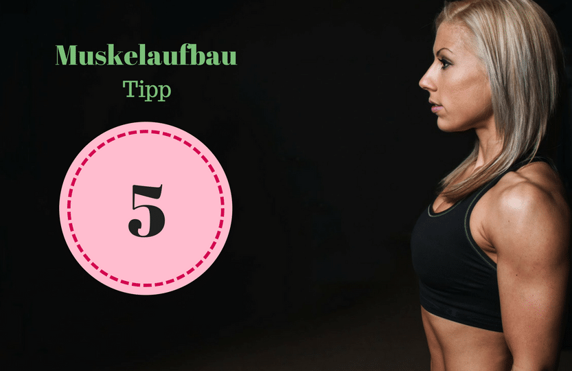 Tipp 5 Muskelaufbau für Frauen Tipps. Um als #Frau Muskeln aufbauen zu können solltest du einige Tipps beachten. Mit diesen 12 Tipps, die dein Training und das Essen betreffen, kannst du zuhause auch als Anfänger richtig Muskeln aufbauen. Zusätzlich habe ich für dich einen #Muskelaufbau #Trainingsplan (speziell für Frauen) mit effektiven HIIT Übungen. Natürlich gelten die Tipps auch für Fitnessstudio Gänger. Die Tipps betreffen den gesamten Körper (Bauch, Beine, Brust, Po, Arme und Rücken).