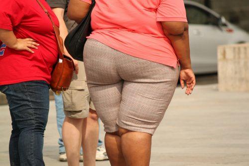 """Ich will abnehmen. Meine Diät funktioniert nicht. Wie kann ich beginnen? Ich wurde in meiner #Ernährungsberatung sooft gefragt, was man tun muss, um abzunehmen und Gewicht zu verlieren, b besonders, wenn man schon sehr dick ist. Wie kann Abnehmen funktionieren und wie kannst du ohne #Hunger den #JojoEffekt vermeiden? Gerade wenn du nicht abnehmen kannst, trotz Sport? Ich hörte: """"Cathi,wie schaffe ich es 5 Kilo oder10 Kilo abzunehmen?"""", """"Cathi,ich will abnehmen, aber es macht nicht Klick."""