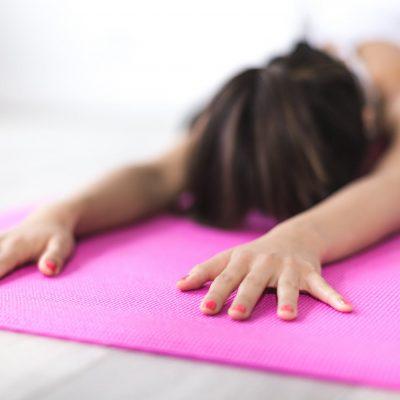 #Stress reduzieren #stressfrei leben, was tun gehen Stress auf #Arbeit? Verhaltensprävention beeinflusst dein individuelles #Verhalten. Tue was für deine #Gesundheit, um lange #gesund und fit zu bleiben. Es gibt zahlreiche Möglichkeiten, ich zeige dir 8 exakte Wege, um einen gesundheitsförderlichen Arbeitsstil zu erreichen. Die Maßnahmen der Gesunderhaltung auf Arbeit können dazu führen, dass du stressfreier durch den Tag gehst. Verhaltensprävention - Maßnahmen der Gesunderhaltung auf Arbeit