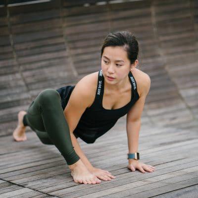 Fitness Motivation im Alltag und richtig motiviert und am Ball bleiben sind heute die Themen.Es ist immer wieder das gleiche. Dazu muss es nicht mal Januar sein, um sich neue Zielezu stecken. Denn im Grunde können wir immer mit Sport und einen gesünderen Lebensstil beginnen oder? Doch wie kann man sich tatsächlich richtig #motivieren? #Fitnessmotivation #joggen #abnehmen #fitnessimAlltag #Motivationstipps