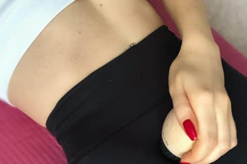 Übungen gegen Knieschmerzen sind am meisten gewünscht. Ich habe dir Liebscher und Bracht (Werbung) rausgesucht, mit denen du auch beim Laufen, Joggen und Gehen wieder beschwerdefrei sein kannst. ich kenne das noch von mir selbst und aus dem Personal Training, dass Knieschmerzen weit verbreitet waren. #LiebscherBracht #Knieschmerzen #joggen #laufen #personaltraining #büro