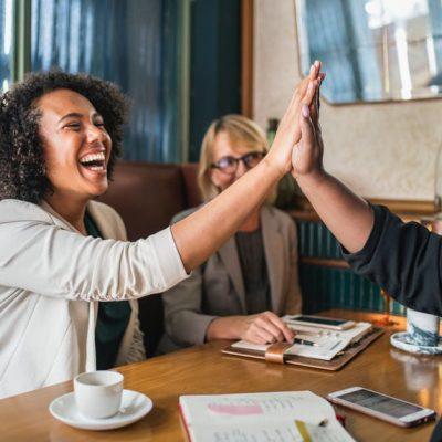 #ORDNUNG #FINANZEN #PLANUNG Heute gibt es den zweiten Teil der Serie zu 35 Gewohnheiten erfolgreicher Frauen. Zum 1. Teil kommst du hier, falls du ihn noch nicht gelesen hast. Ich kann dir raten die 35 Gewohnheiten Checkliste auszudrucken und aufzuhängen, damit du sie auf einem Blick hast und abharken kannst, welche er Erfolgsgewohnheiten du schon in dein Leben integriert hast. #ERFOLG #SELBSTBEWUSSTSEIN #FRAUEN#ORDNUNG #FINANZEN #PLANUNG Heute gibt es den zweiten Teil der Serie zu 35 Gewohnheiten erfolgreicher Frauen. Zum 1. Teil kommst du hier, falls du ihn noch nicht gelesen hast. Ich kann dir raten die 35 Gewohnheiten Checkliste auszudrucken und aufzuhängen, damit du sie auf einem Blick hast und abharken kannst, welche er Erfolgsgewohnheiten du schon in dein Leben integriert hast. #ERFOLG #SELBSTBEWUSSTSEIN #FRAUEN