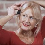 Übungen gegen Kopfschmerzen und Migräne? Liebscher und Bracht (Werbung) Übungen beiKopfschmerzen oder sogar pochende Migräne.Damit du ab jetzt sofort 3 Übungen bekommst, die du sofort helfenund duzuhause ausführen kannst, scrolle runter zum YouTube Video.Spannungsschmerzenund Kopfdruck lösen, #Faszienlockern an deinem Kopf.So lösen sich #Kopfschmerzen an Stirn, Schläfen. #Gesundheit #Rückenschmerzen #Fitness