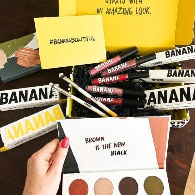 """#KOSMETIK #BANANABEAUTY #VEGAN #RABATTCODE #ERFAHRUNGEN #INSTAGRAM // BANANA BEAUTYERFAHRUNGEN (Werbung) Crueltyfree Kosmetik (tierversuchsfrei) Liquid Lipsticks und die Brushes sind vegan. Meine ganzenBANANA BEAUTY Erfahrungen mit den Kosmetik Produkten. Banana Beauty Lipstick Farben, Erfahrungsbericht (Was passt zu wem?), Lippenstifte, Lipliner Erfahrungen, Eyeshadow Paletten von Banana Beauty // 25% Rabatt bekommst du im gesamten Shop von Banana Beauty mit dem Rabatt Code """"fitweltweit"""""""