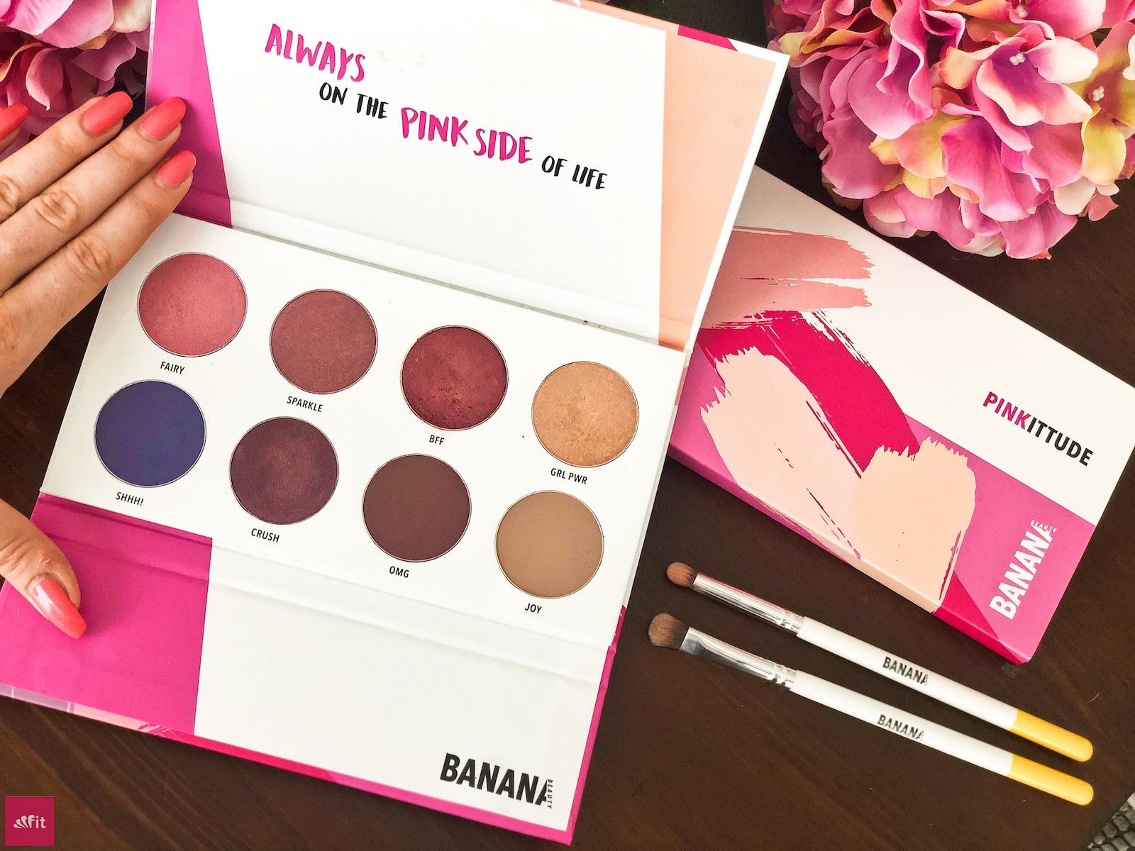 #BANANABEAUTY #EYESHADOW #PINK #LIDSCHATTEN #Beautyblog #Erfahrung mit der Pinkittude Palette von Banana Beauty(Werbung) und meine #Erfahrungen ein, 8 verschiedene Lidschatten Farben, fast alle #vegan. für ein natürliches #Augen #MakeUp oder auch für deine #Hochzeit, #Geburtstag.Eyeshadow Paletten Erfahrungsbericht für blaue Augen, braune Augen und grüne Augen. Bewertung der Eyeshadow Banana Beauty Sets. Spare bis zu 38% #Rabatt im Online Shop siehe Blogpost(Gutschein Code: fitweltweit)