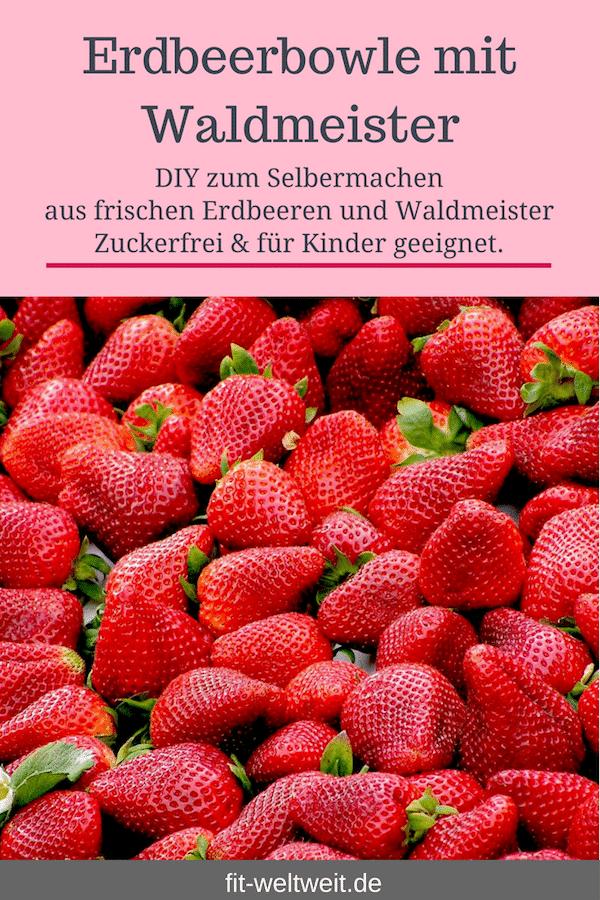 #Sommer #Rezept #Abnehmen #Zuckerfrei #alkoholfrei #Gesundheit #Grillparty Leckere Sommer Bowle mit frischen #Erdbeeren und #Waldmeister ganz einfach selber machen: Erdbeerbowle mit Waldmeister. Alkoholfreie Bowle für #Kinder geeignet. Gesundes Bowle Rezept für deine Grillparty. #Bowle Erfrischung im Sommer. Erdbeeren Rezept und schnelles Erdbeeren Rezept. Weitere Erdbeeren Rezepte für #Erdbeereis, Pudding und #Smoothies gibt es auf dem Blog. vegane Rezepte #vegan
