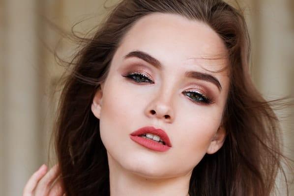 Banana Beauty Liquid Lipsticks Was Passt Zu Augenfarbe