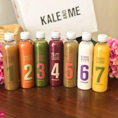 #Saftkur #Erfahrung #3Tage #abnehmen #vorhernachher #selbermachen #kaufen 3 Safttage mit der Kur von Kale & Me (Werbung)Ich habe das Experiment gewagt. Wie lief es? Mein gesamter Alltag der 3 Tage, ich war zuhause und unterwegs bei Terminen und auf Events. Wird man von der Saftkur satt? Kann man abnehmen? Schmecken die #Säfte? Was kann man dazu essen? Wie fühlt man sich bei der Saftkur? Saftkur vorbereiten? Entlastungstage, Entschlackung und danach + 2 gratis Säfte … alles auf dem Blog!