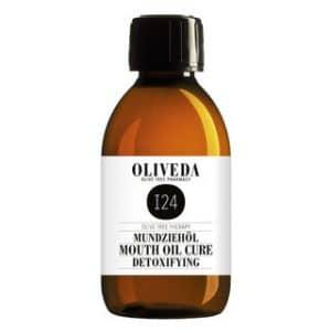 """#BEAUTY für innen und außen. #Ölziehen für eine gesunde Mundhygiene und reine #Haut im #Gesicht (ohne #Pickel). Immunbooster Drinks, Matcha Tee, Ayurveda, Oliveda Produkte sind Energiebomben für dein Immunsystem. (Seren, Körperpflege, Gesicht & Seren, Mund, Olivenöl, Haare,Hydroxytyrosol Molecule, …) #OLIVEDA #ERFAHRUNGEN und #REVIEW 15 % Rabatt kannst du dir mit dem Code """"FITWELTWEITCATHI15"""" (groß geschrieben) sichern auf alle Produkte von OLIVEDA ohne Mindestbestellwert. (Werbung)"""