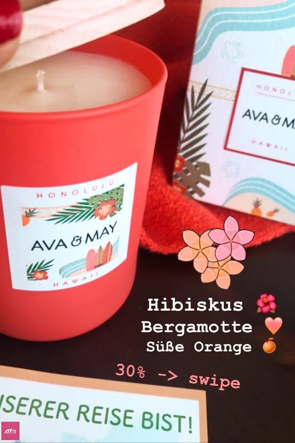 """#Hawaii Duftkerze, #Honolulu – Bergamotte, Hibiskus, süße Orange / Die Hawaii Duftkerzelässt mich an die schönsten Beaches denken. Die weiten türkisblauen Sandstrände, an denen Schildkröten entlang krabbeln // Eigenschaften: 100% Soja-Wachs, 40 Stunden Brenndauer, Echtholzdeckel - auch perfekt als Untersetzer geeignet #Duftkerzen #Wohnzimmer #cozy #einrichtung #badezimmer #wohnung #wohnen #design #deko #dekoration #reisen / Ava & May Shop mit dem Code """"fitweltweit"""" 30% Rabatt (Werbung)"""