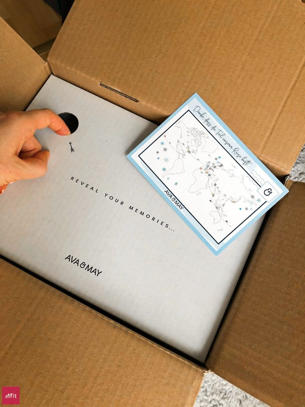 Duftkerzen Ava and May Verpackung Lieferung Versand