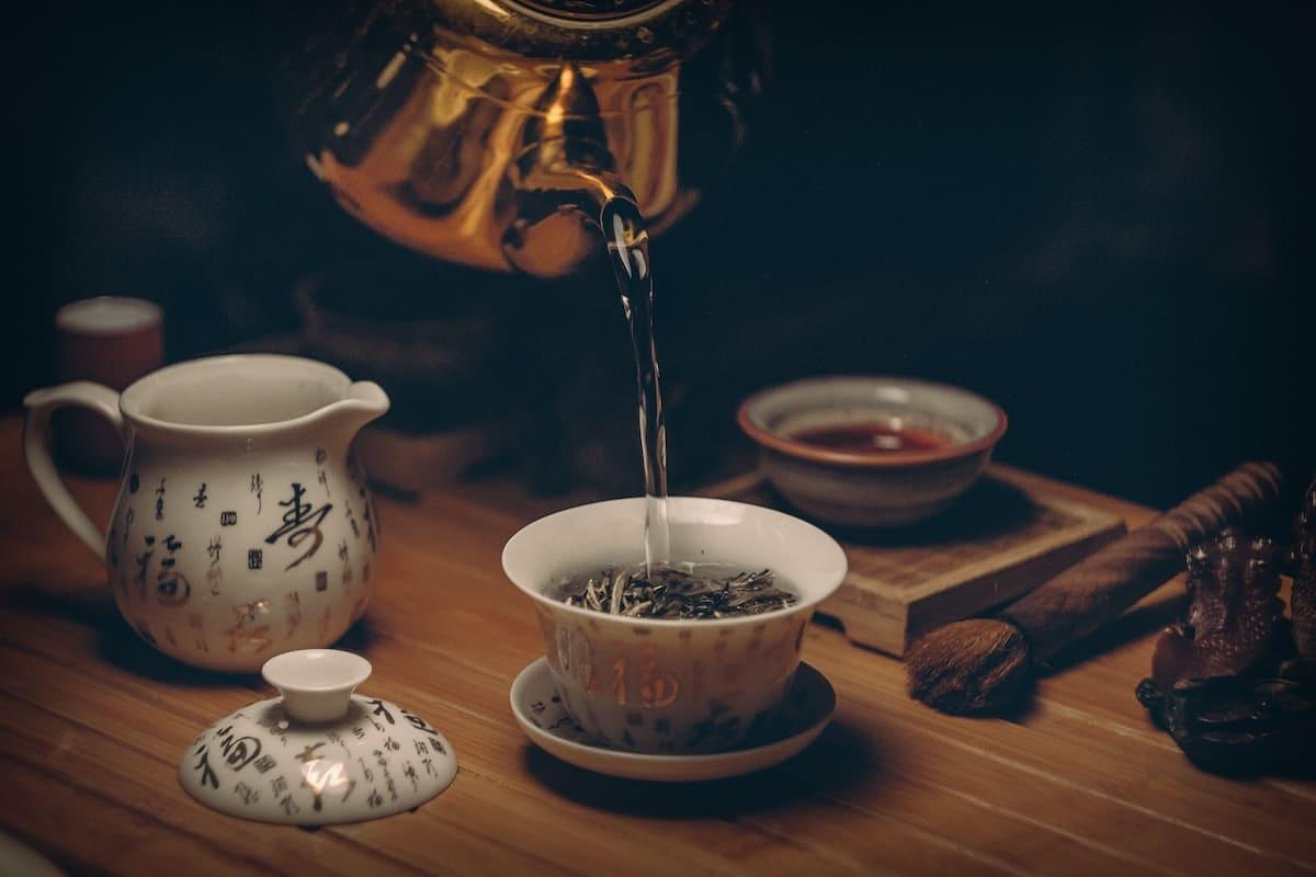 Tee Zeremonie Abendroutine Tee trinken Entspannung Califortea
