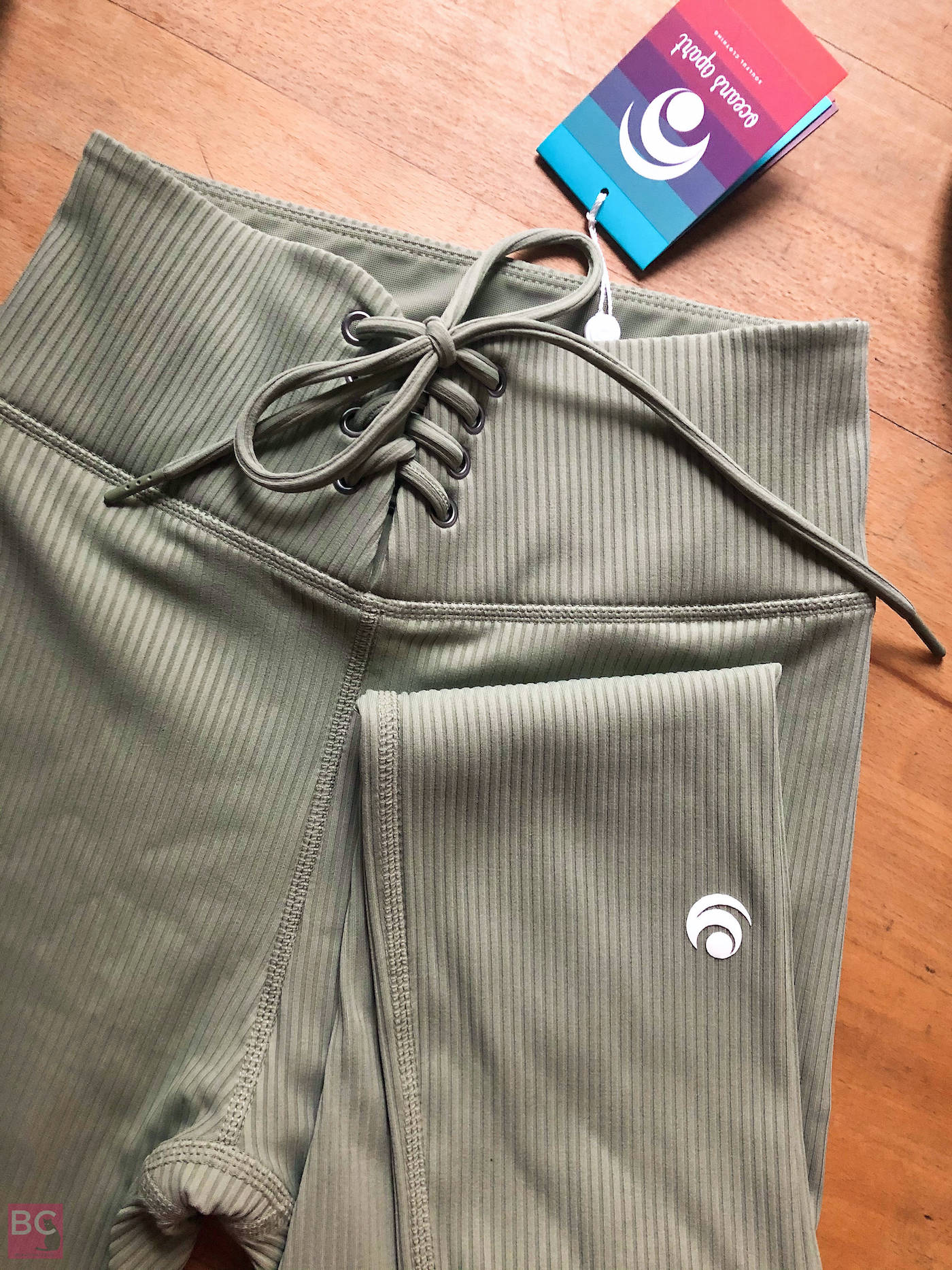 Leggings Pants Schnürung khaki Lilith Set FEEL GOOD Collection by OCEANS APART